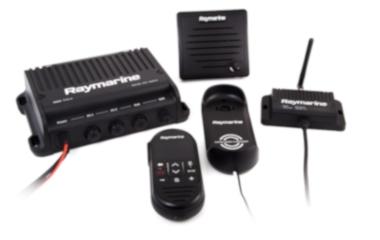 Fale em qualquer lugar a bordo com os novos rádios de VHF Ray90 e Ray91, preparados para comunicações Wireless