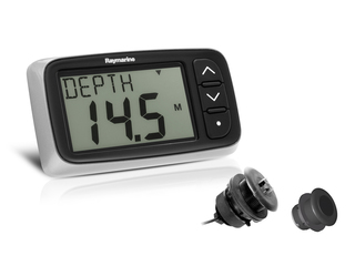 i40 Bidata Pack, with P371 Speed/Temp & P7 Depth Through Hull Transducers