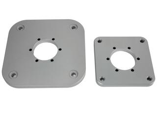 Base quadrada AQS70 para luzes de 3mn de montagem horizontal.